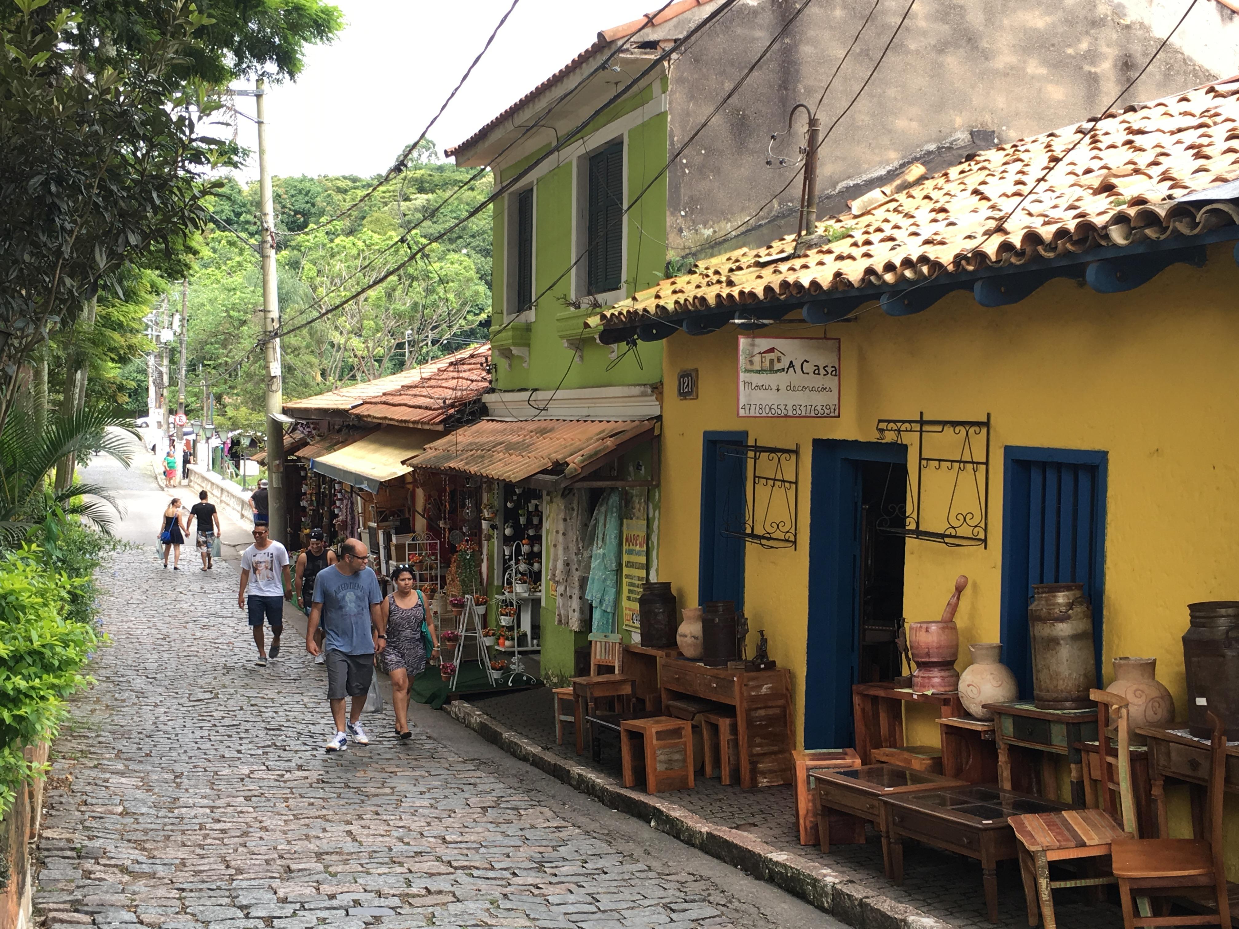 Mesa De Jantar Dobrável Que Vira Aparador ~ Embu das Artes artesanato, turismo e gastronomia na Grande S u00e3o Paulo Find& Eat